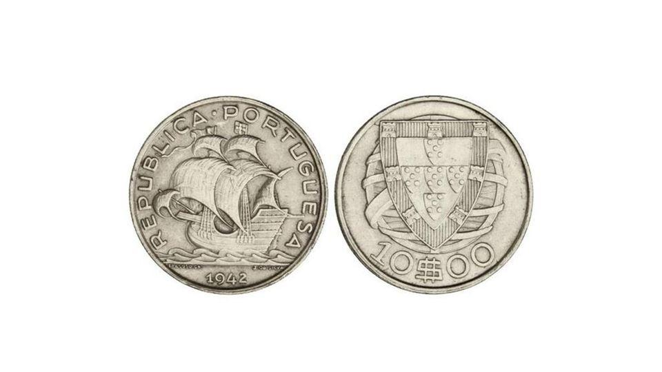 10 escudos de 194222