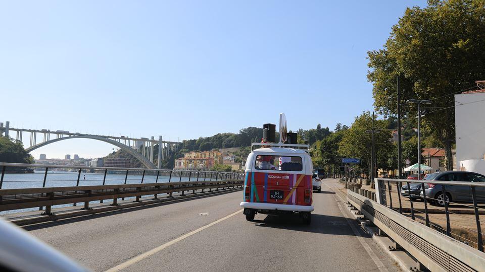 A Van da RFM em movimento