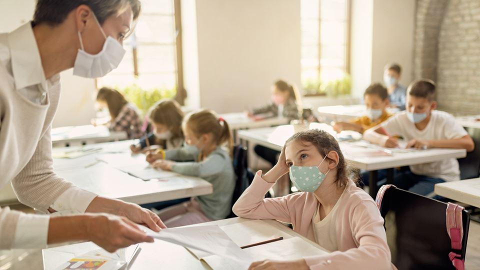 Academia francesa recusa ensin...