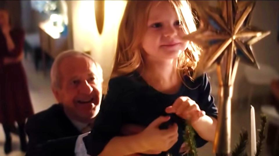 O vídeo comovente do avô que e...