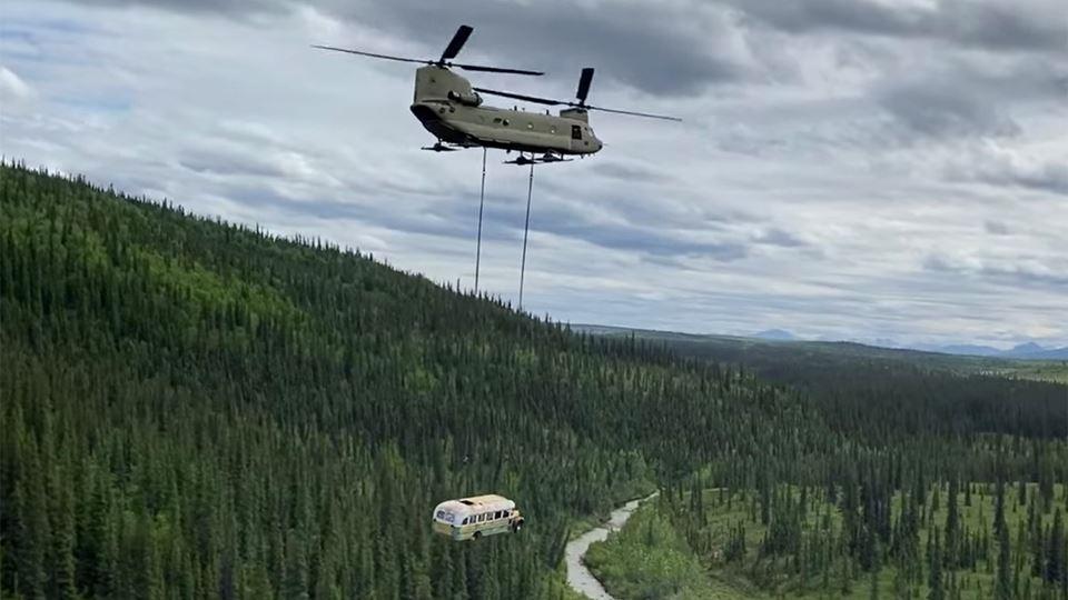 Autocarro retirado do Alasca