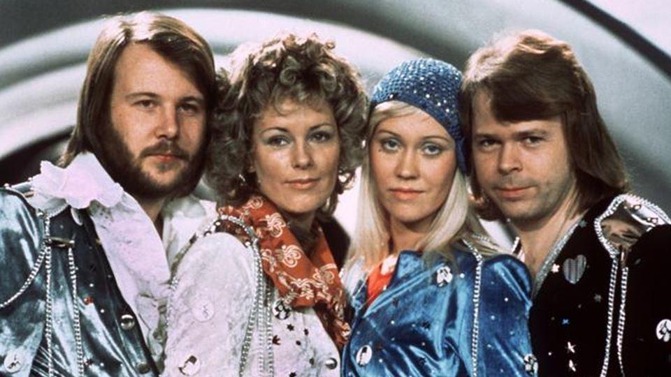 Novo álbum dos ABBA bate recor...