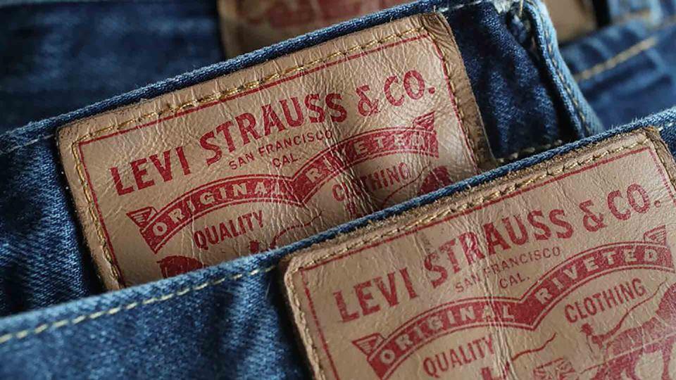 Calças Levi Strauss