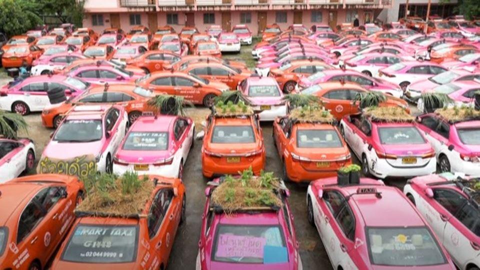 Em Banguecoque, os táxis trans...