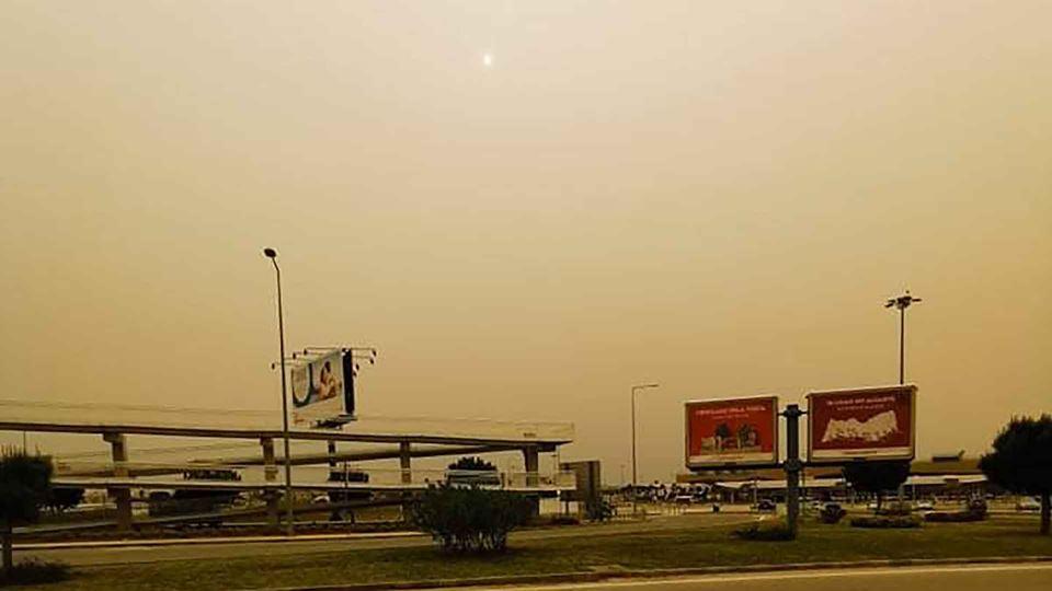 Tempestade de poeira já se sen...