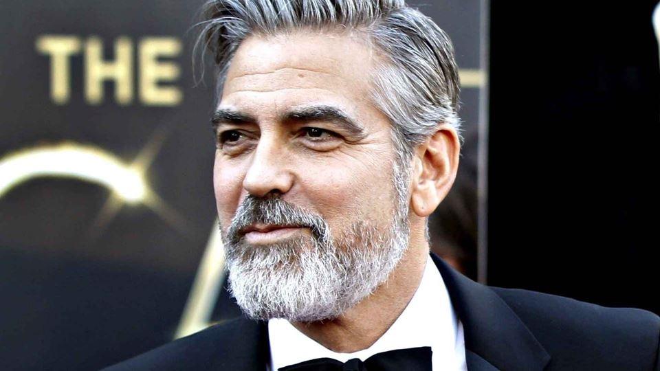 George Clooney distribuiu 14 m...
