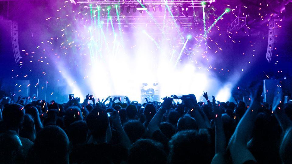 Barcelona: concerto com 5 mil ...