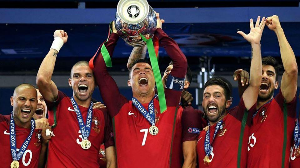 Campeões europeus! Há 4 anos c...