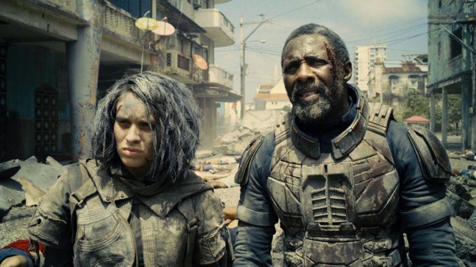 Idris Elba mostra que sabe fal...