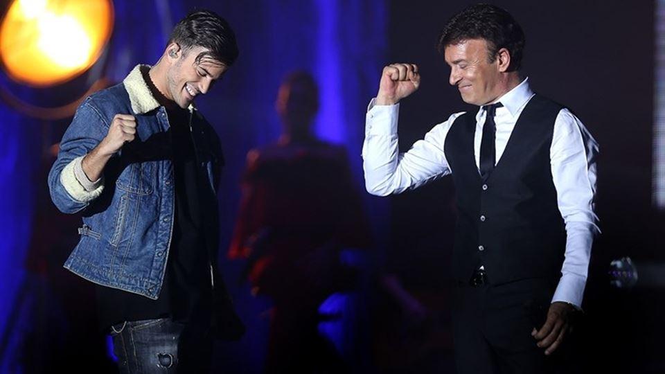David Carreira e Tony Carreira no palco