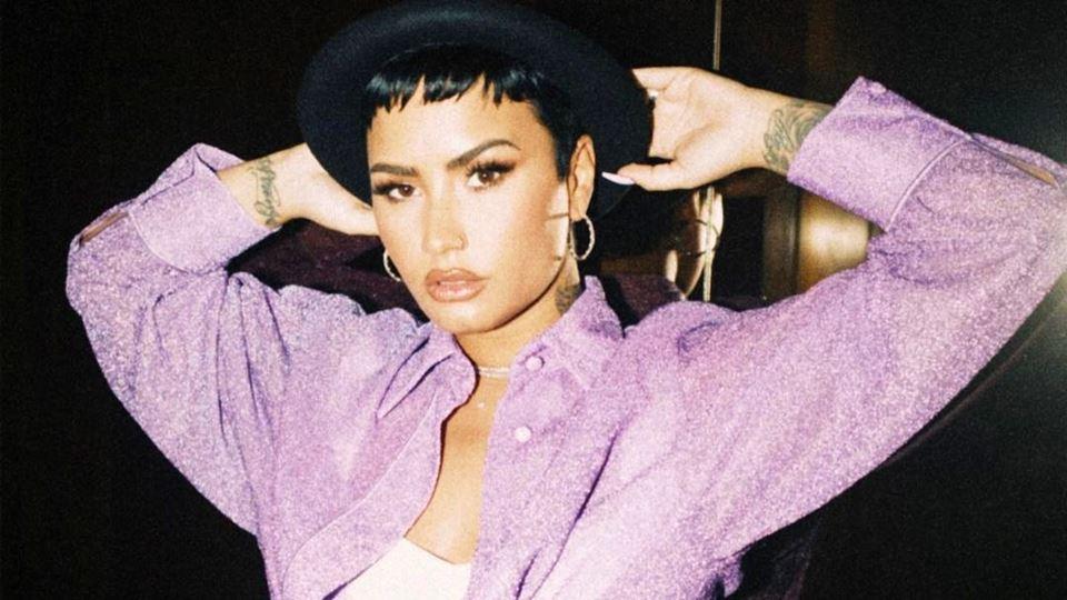Demi Lovato assume-se não-biná...