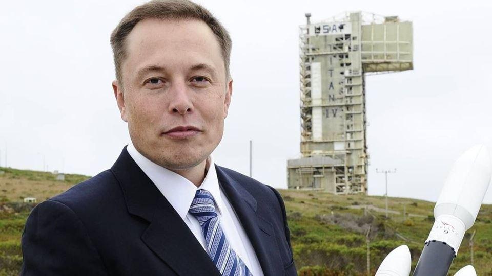 Elon Musk cria empresa em Port...