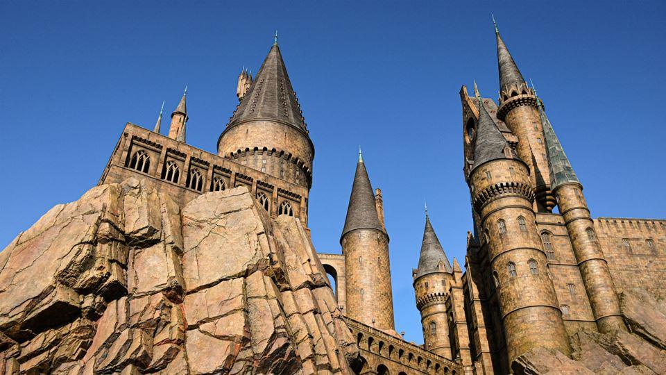 Entra em Hogwarts de Harry Pot...