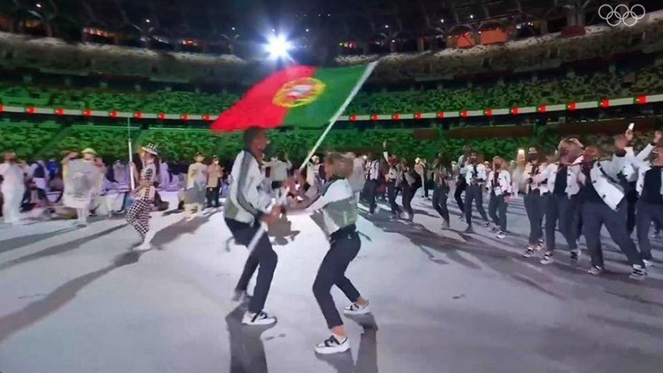Entrada de Portugal no Estádio...