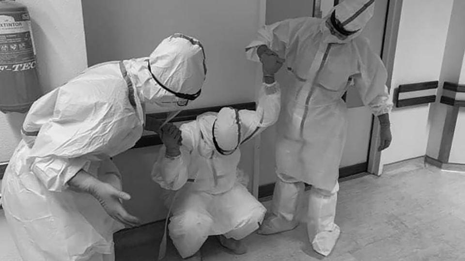 Esta fotografia de enfermeiros...