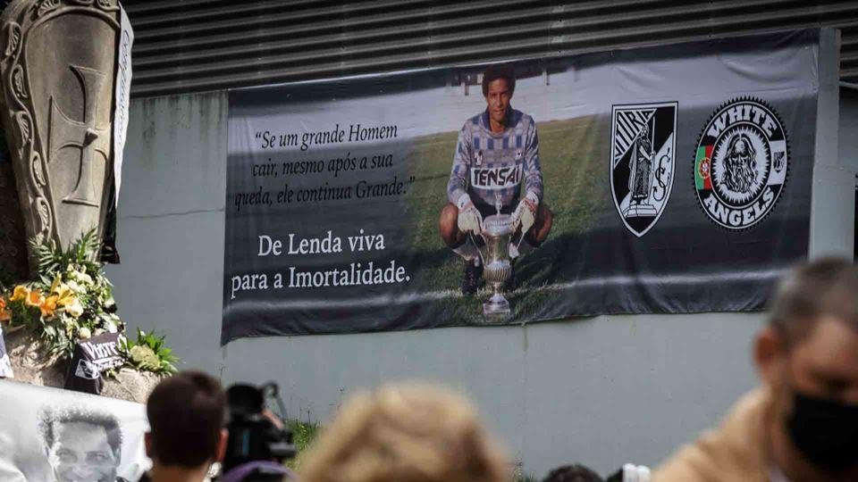 Guimarães homenageia Neno ao d...