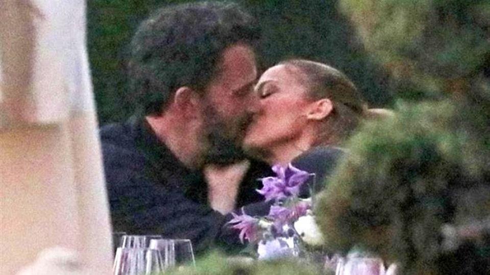 O beijo que já é viral com #be...