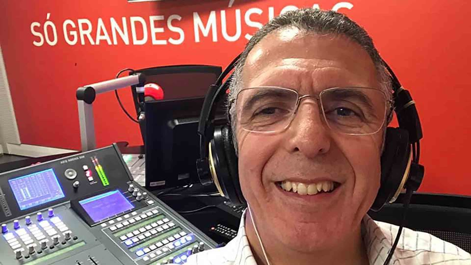 João Porto no estúdio da RFM