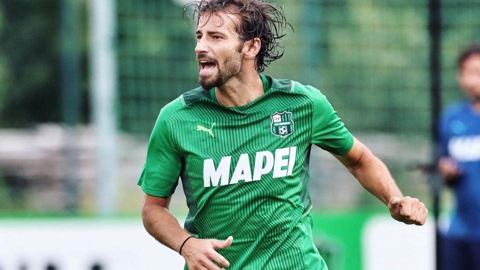 Liga Italiana proíbe a cor ver...