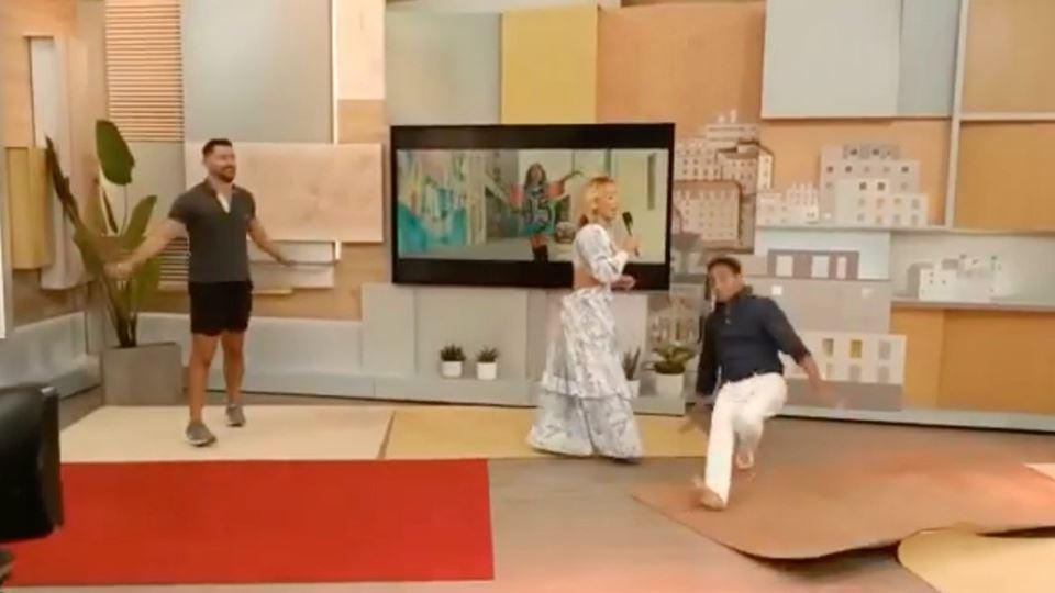 José Figueiras cai em direto a...
