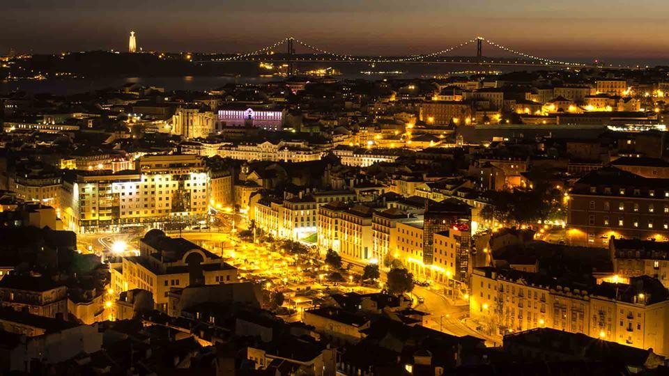 Lisboa proíbe a realização dos...