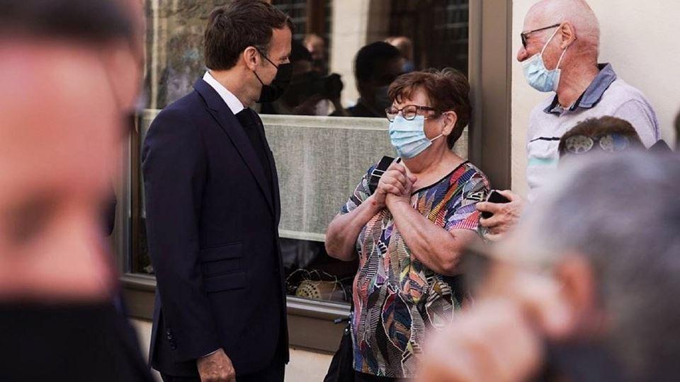 Macron agredido por popular du...