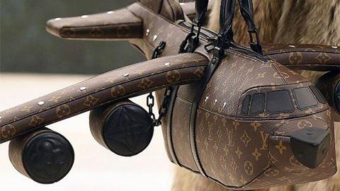 Esta carteira Louis Vuitton é ...