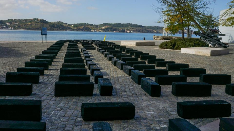 Instalação artística em Belém ...