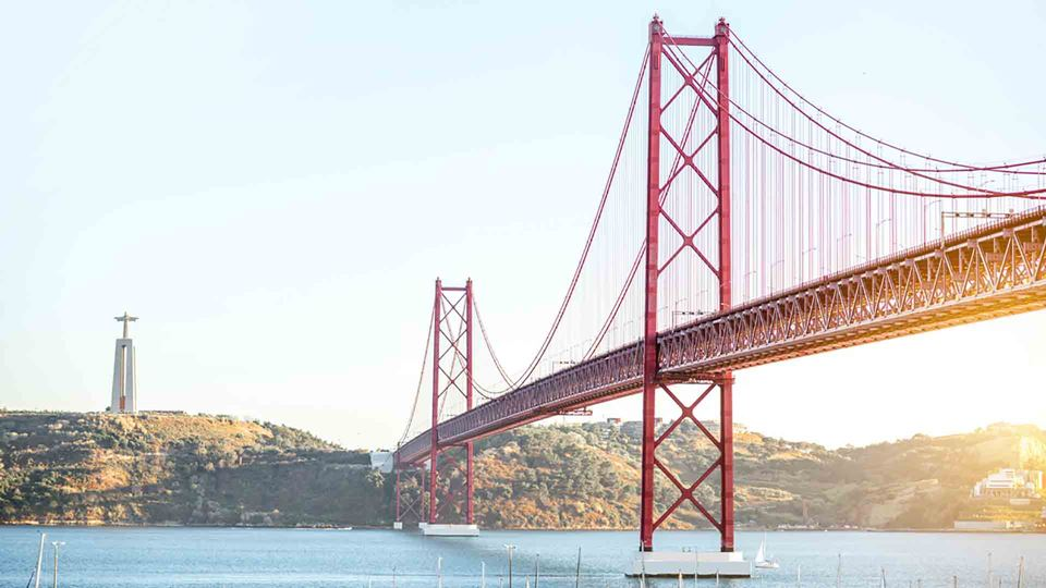 Ponte 25 de abril, em Portugal