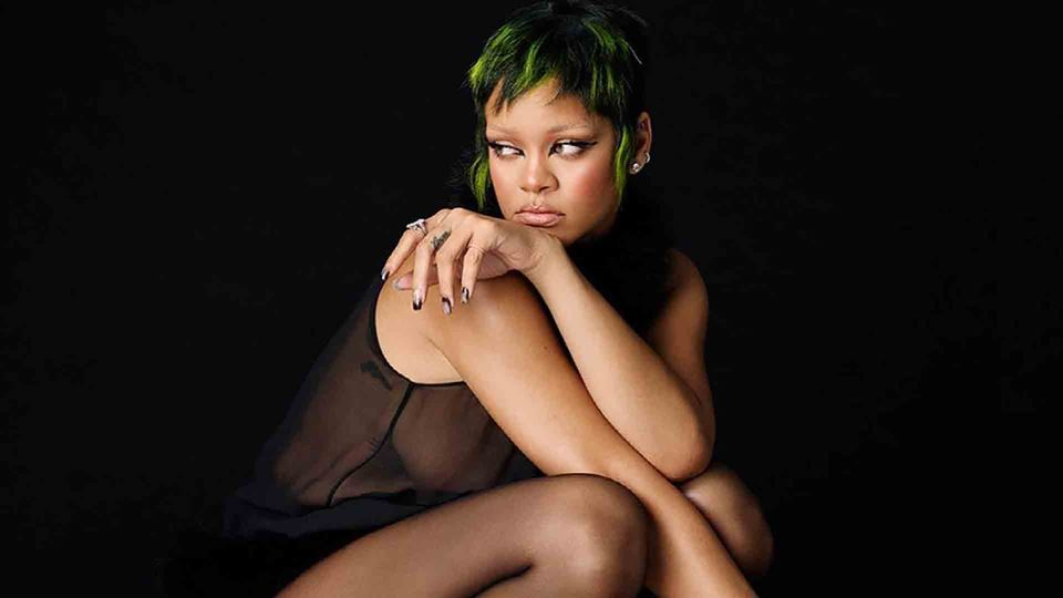 Rihanna alcança recorde de Mad...