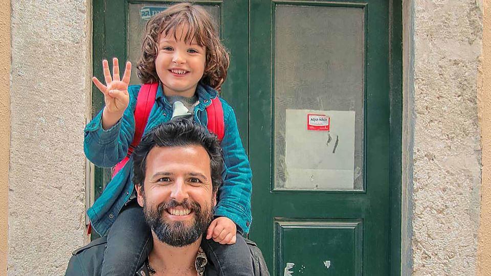 Rodrigo Gomes com o filho Tristão
