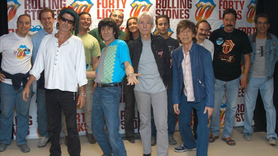 Rolling Stones Coimbra 2003 com RFM (António Mendes e Teresa Lage - mesmo atrás de Charlie Watts)