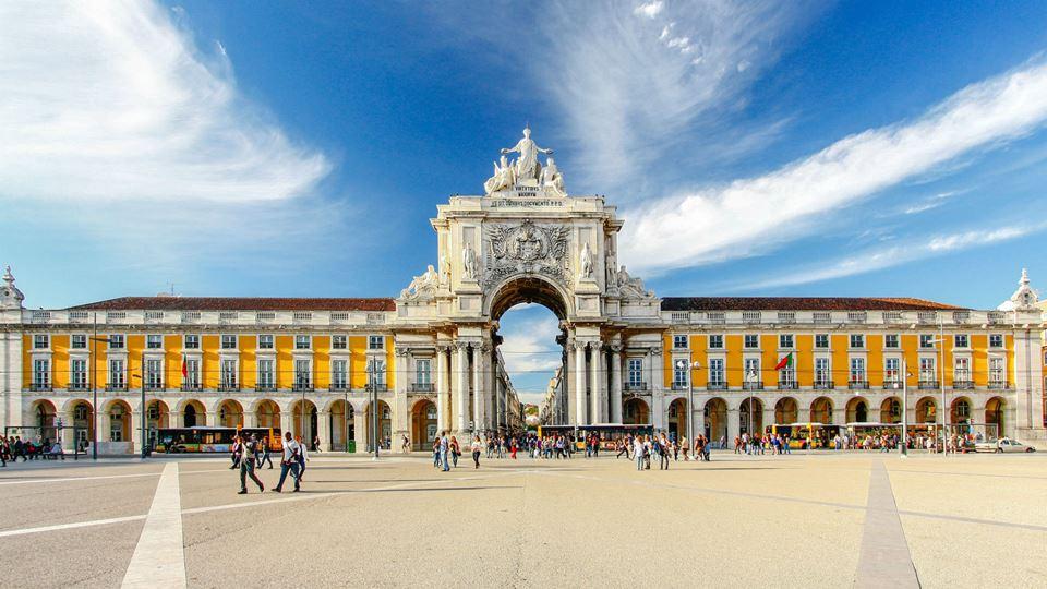 Lisboa é a cidade de eleição d...