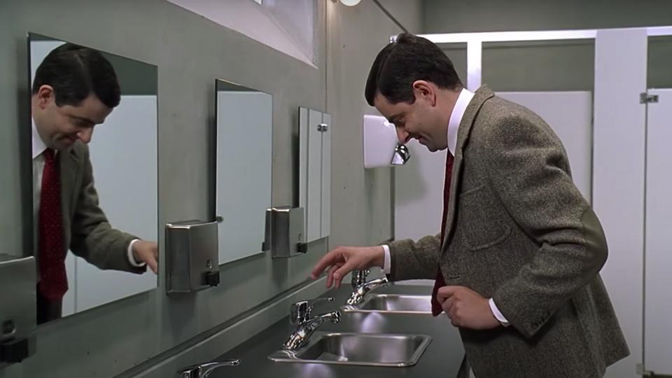 Vê aqui como se lava as mãos e...